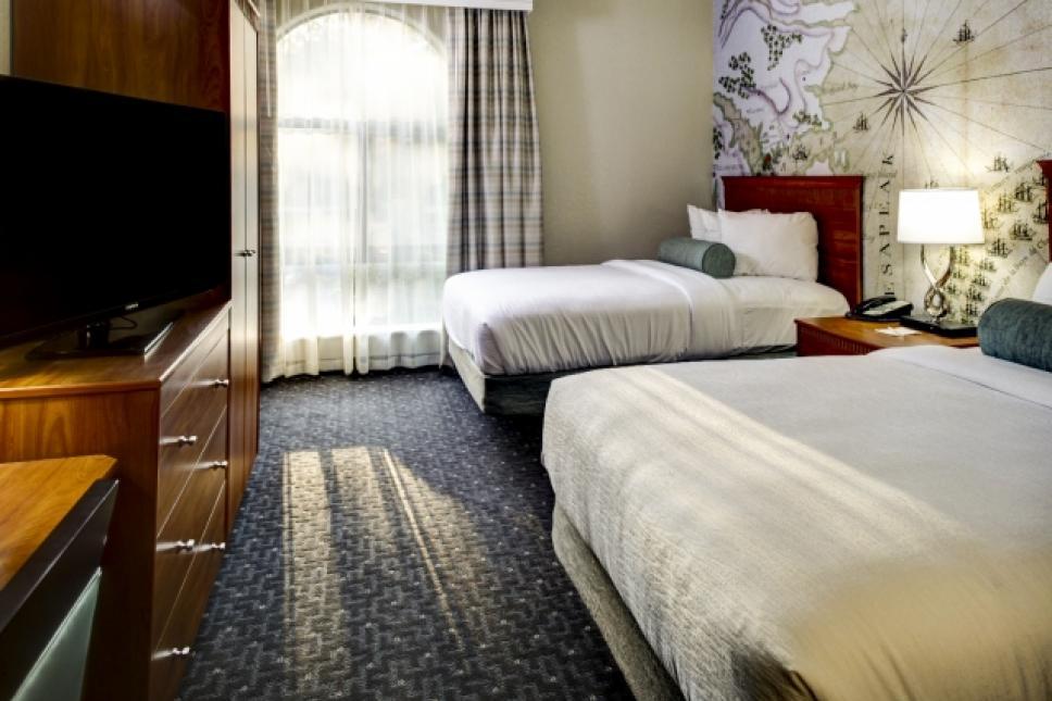 Double Double Suite-bedroom