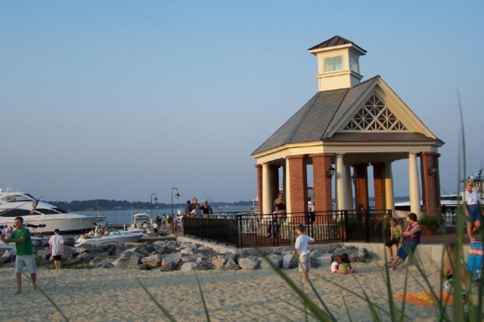 Yorktown Beach features a handicap accessible beach and fishing pier; picnic area; and public docking piers for visitors arriving by water.