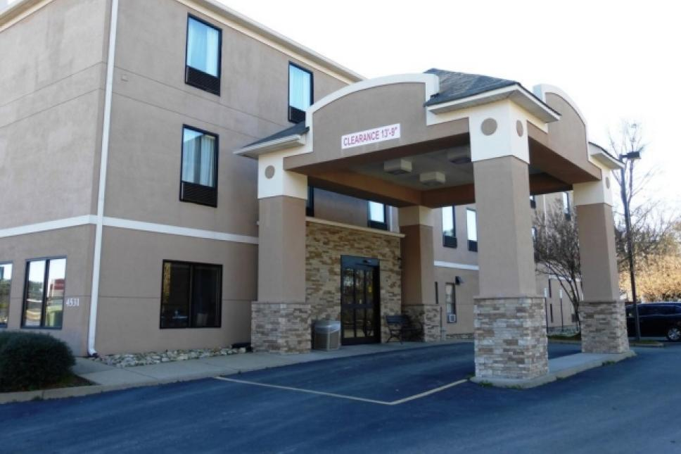 Yorktown updated Hotel