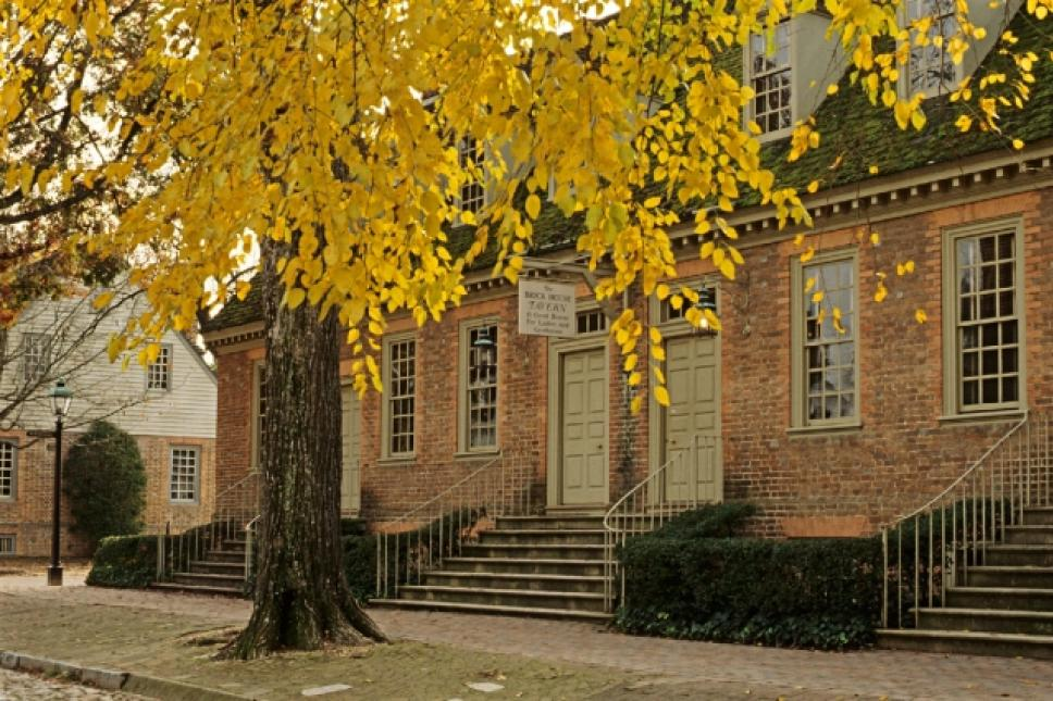 Entrance to the Brick House Tavern, one of Colonial Williamsburg's Colonial Houses - Historic Lodging