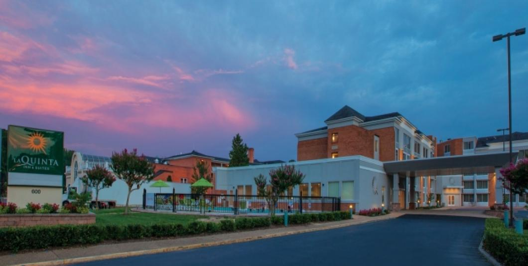 LaQuinta Inn & Suites Historic Area Front of building