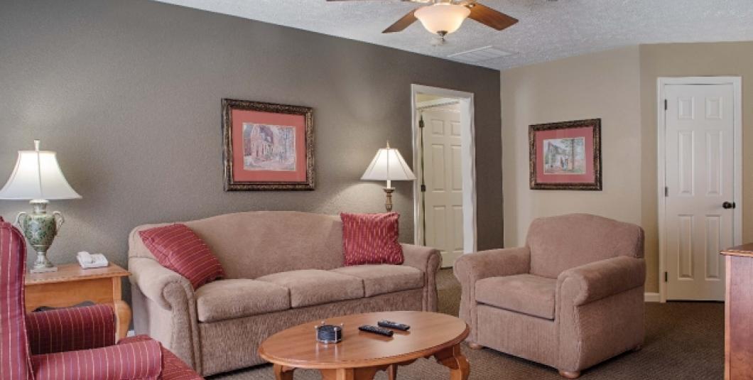 Williamsburg, VA - Wyndham Kingsgate, Two-Bedroom Living Area