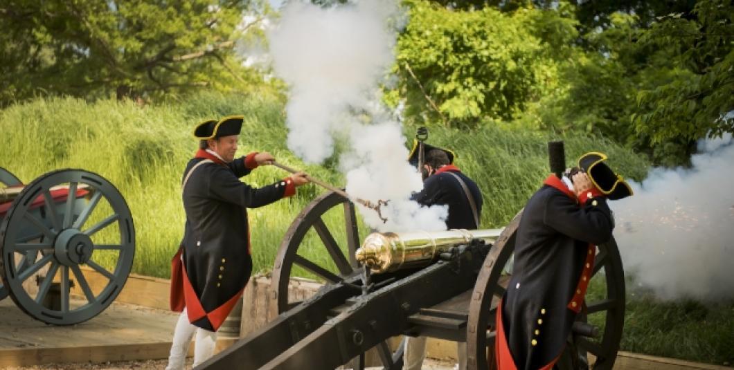 Artillery firing at the American Revolution Museum at Yorktown