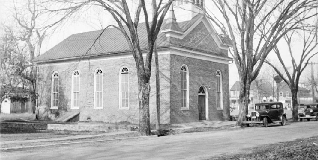 The First Baptist Church of Williamsburg on Nassau Street circa 1930. The building served as the church's home for a century, from 1856 until 1956. (Credit: John D. Rockefeller Jr. Library Special Collections, Colonial Williamsburg)