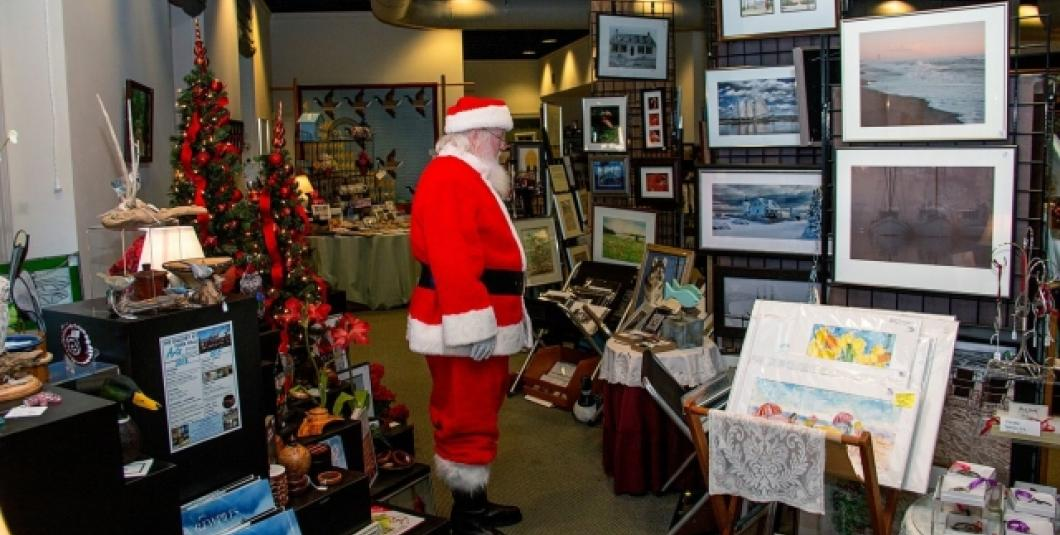 Santa at the Gallery at York Hall