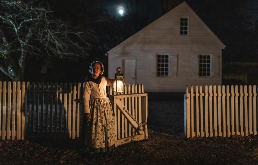Colonial Williamsburg Woman Outside Chowning's Tavern at Night
