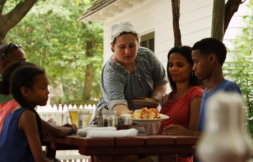 A traditional meal at Colonial Williamsburg