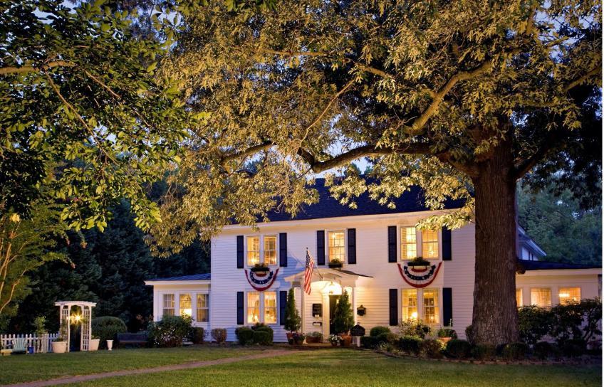 Cozy Home in Williamsburg