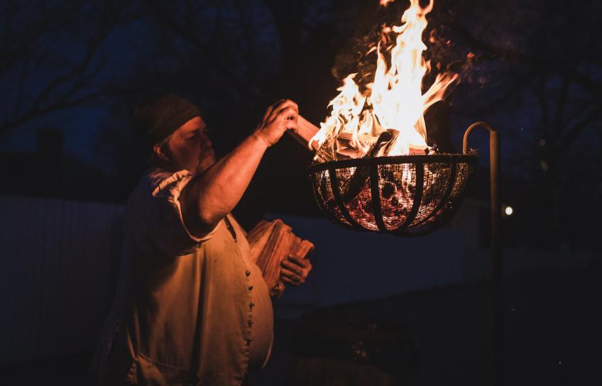 Man Lights Fire During Haunted Williamsburg Ghost Tour