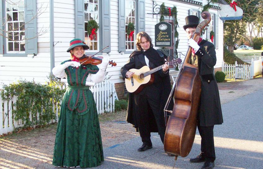 Yorktown Carolers and Holiday Entertainment