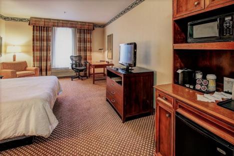 King Room Hilton Garden Inn Williamsburg