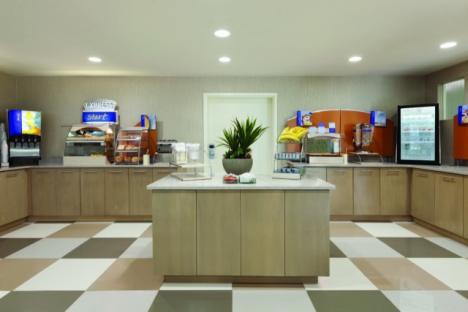 Express Start Breakfast Bar - Includes Pancakes!