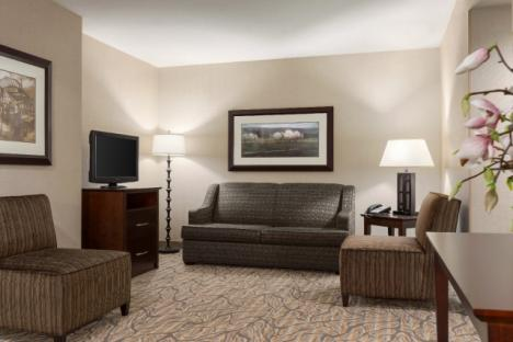 Spacious 1 and 2 Bedroom Suites with Separate Living Room
