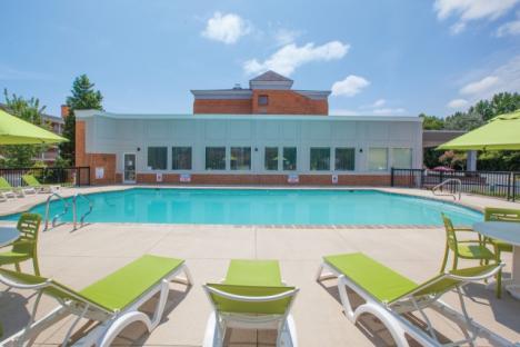 LaQuinta Inn & Suites Historic Area Seasonal Outdoor Pool