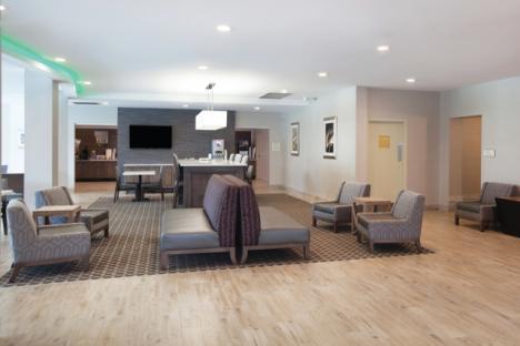 LaQuinta Inn & Suites Historic Area Lobby