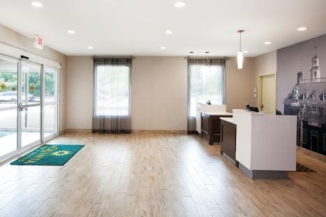 LaQuinta Inn & Suites Historic Area Front Desk