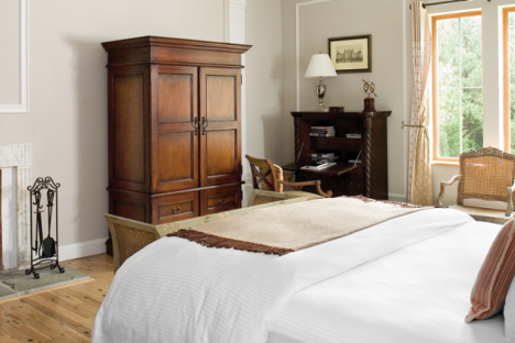 The Classic Room at the Wedmore Place