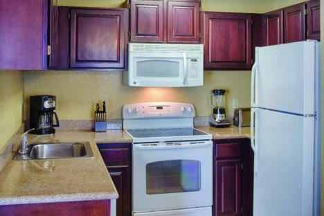 Williamsburg, VA - Wyndham Kingsgate, Two Bedroom Kitchen