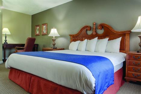 Williamsburg, VA - Wyndham Kingsgate, Two-Bedroom Master