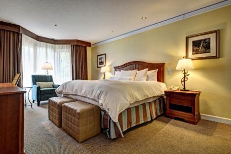 Condo/Guest Room King at Kingsmill Resort