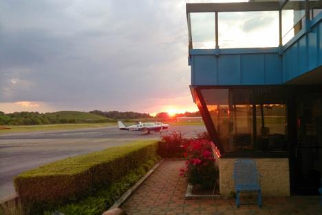 Williamsburg Jamestown Airport