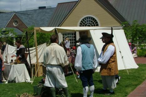 modern pirates visit Yorktown