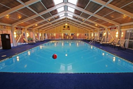 Indoor Pool Retrackable Roof