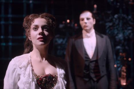 Embedded thumbnail for Zoom talk with Meghan Picerno: Opera in Williamsburg to Phantom of the Opera on Broadway